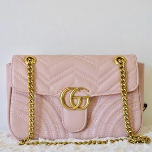 Gucci 11 x 7 x 3 pink